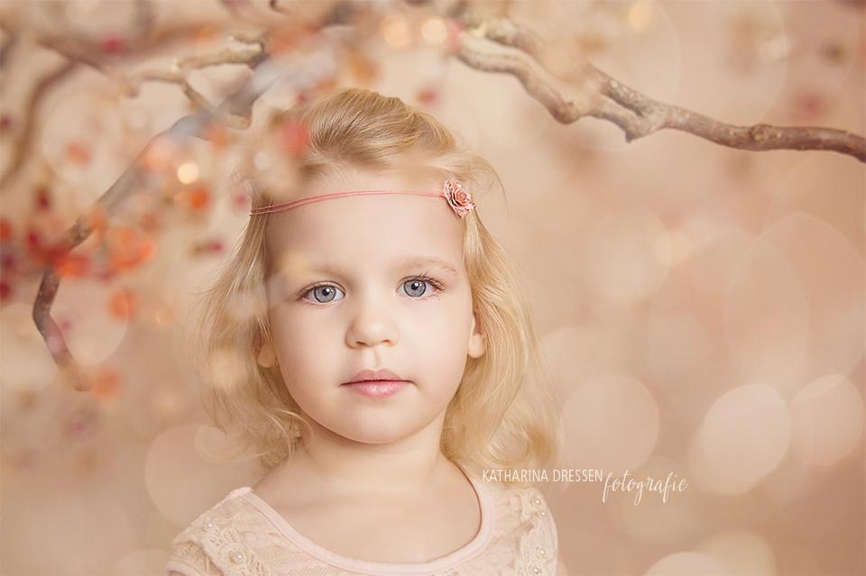 babyfotograf_kinderfoto_fotoshooting_kinder_familienfoto_familienfotograf_fotostudio_duesseldorf_koeln