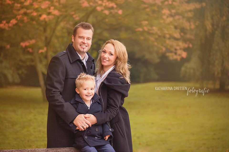 familien-fotograf_familien-shooting_meerbusch_fotoshooting_baby-familienfoto_duesseldorf