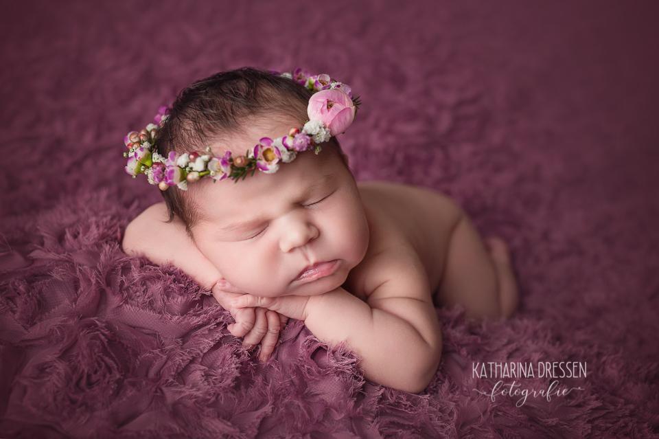 babyfotograf_baby-fotoshooting_katharinadressen_moenchengladbach_duesseldorf_fotograf_baby_geburtsklinik_schwanger_hebamme_hausgeburt