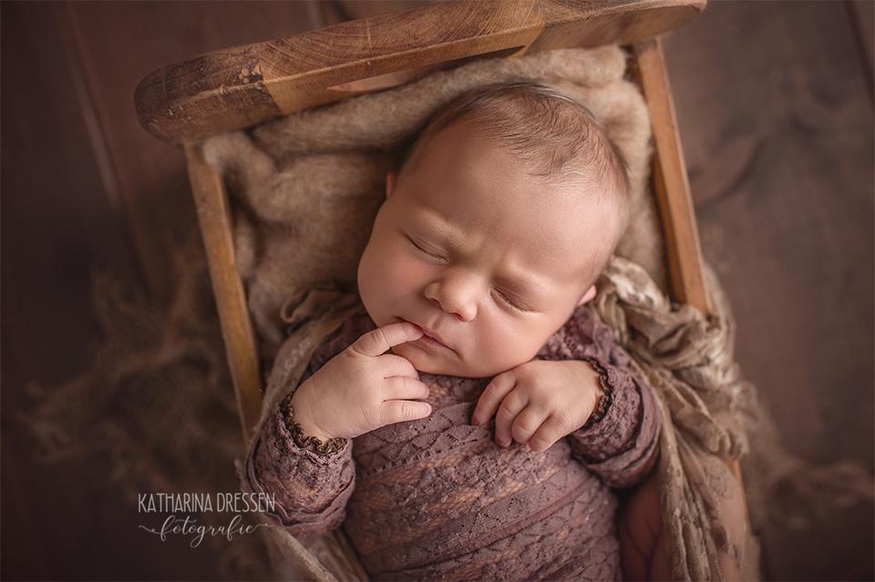 babyfotograf_baby-fotoshooting_katharinadressen_moenchengladbach_vornamen_duesseldorf_fotograf_baby_schwanger_hebamme