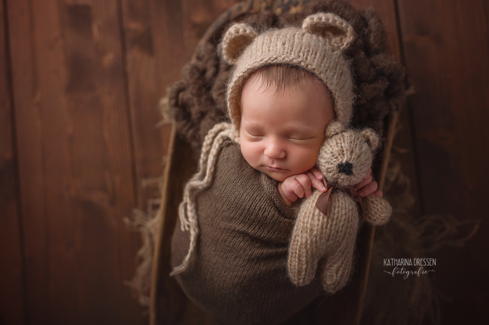 neugeborenes_babyfotograf_baby-fotoshooting_babybilder_fotograf-babys_duesseldorf_koeln