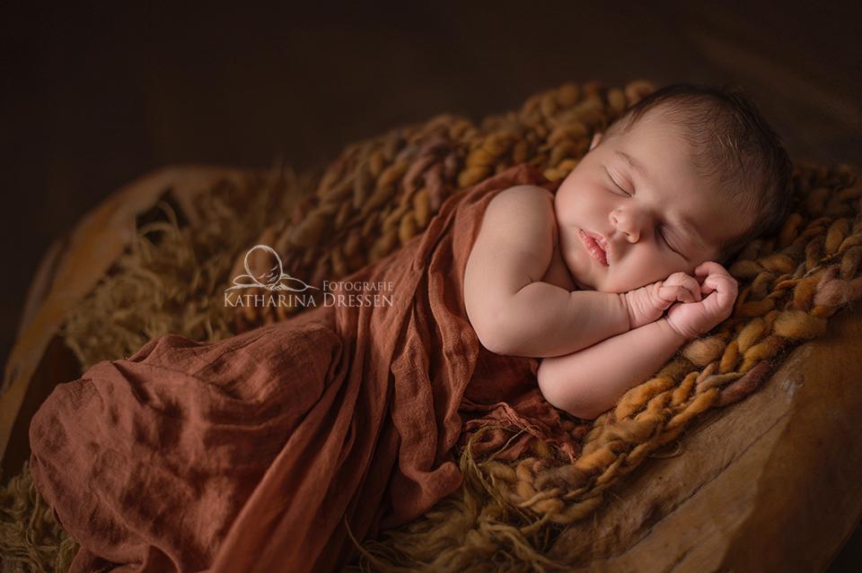 Babyfotograf_Koeln_Fotografie_Katharina_Dressen_Geburt_Hebamme.jpg