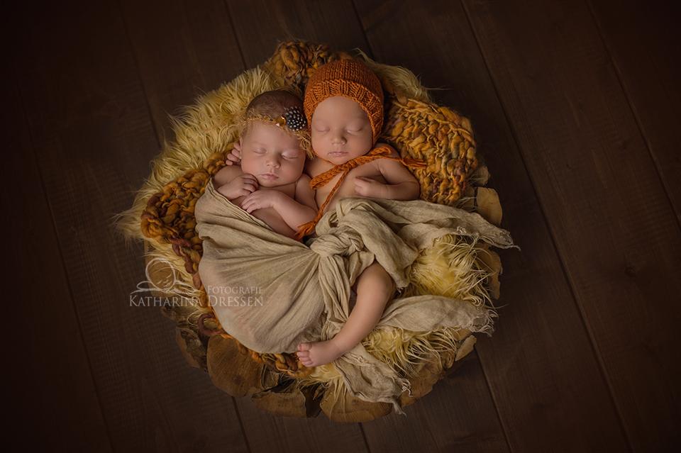 BabyFotograf_Krefeld_Geburtshaus_Zwillingsfotos_Baby_Fotoshooting