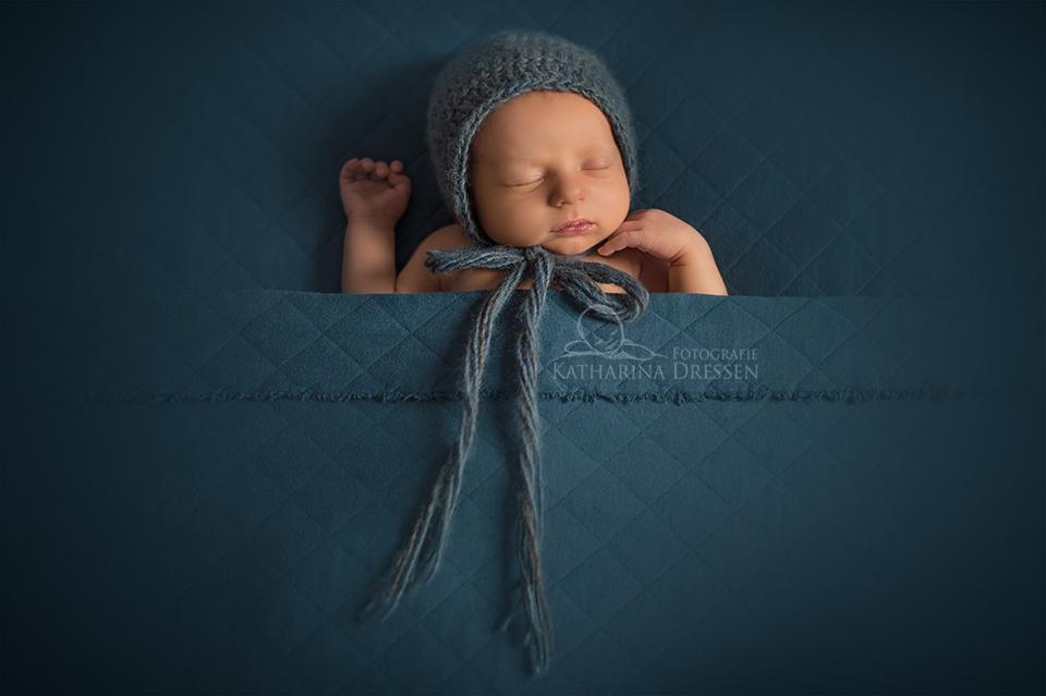 Babyfotograf_Katharina_Dressen_Babyfoto_Hebamme_Geburt_Moenchengladbach_Babyfotografie_Duesseldorf