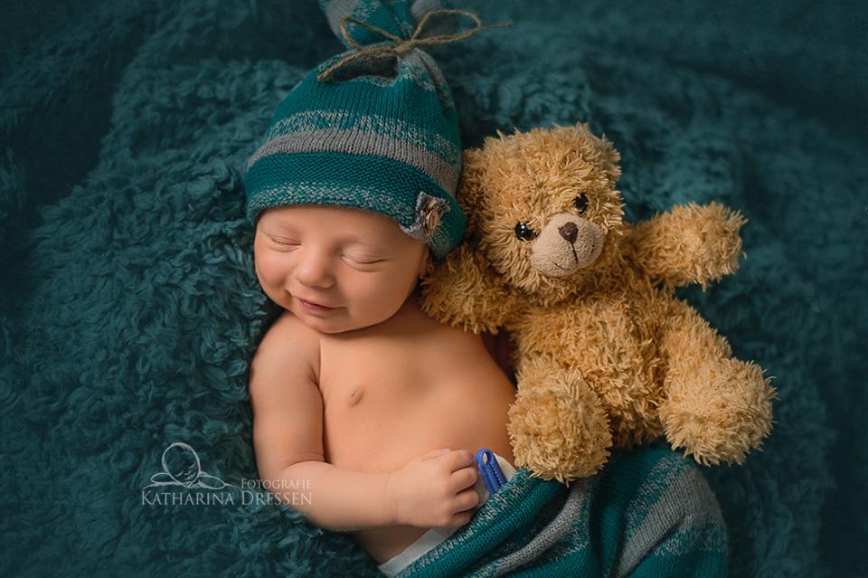 Fotografie_Katharina_Dressen_schoene_Babyfotograf_Duesseldorf_Geburtshaus_Hebamme
