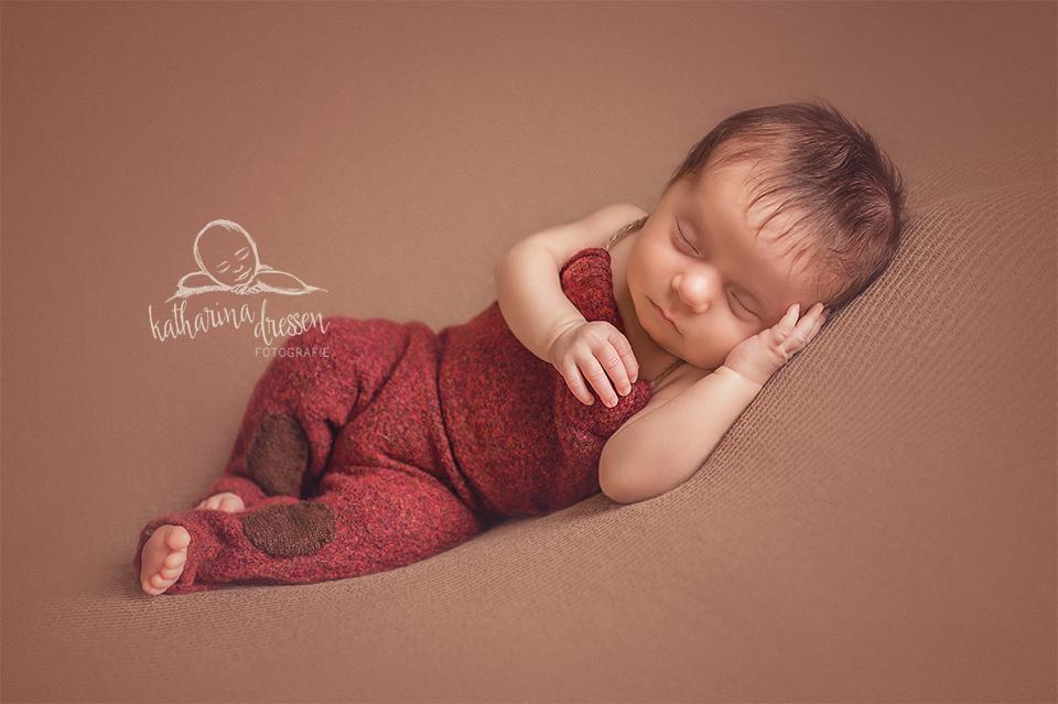 Baby-Fotoshooting_Babyfotograf_Moenchengladbach_Baby_newborn_Fotograf_Fotoshooting_Anne-Geddes