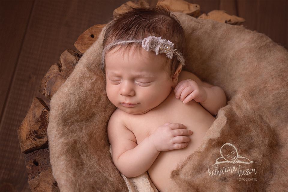 Babyfotos_Babyfotograf_Geburt_newborn_Fotograf_Fotoshooting_Anne-Geddes