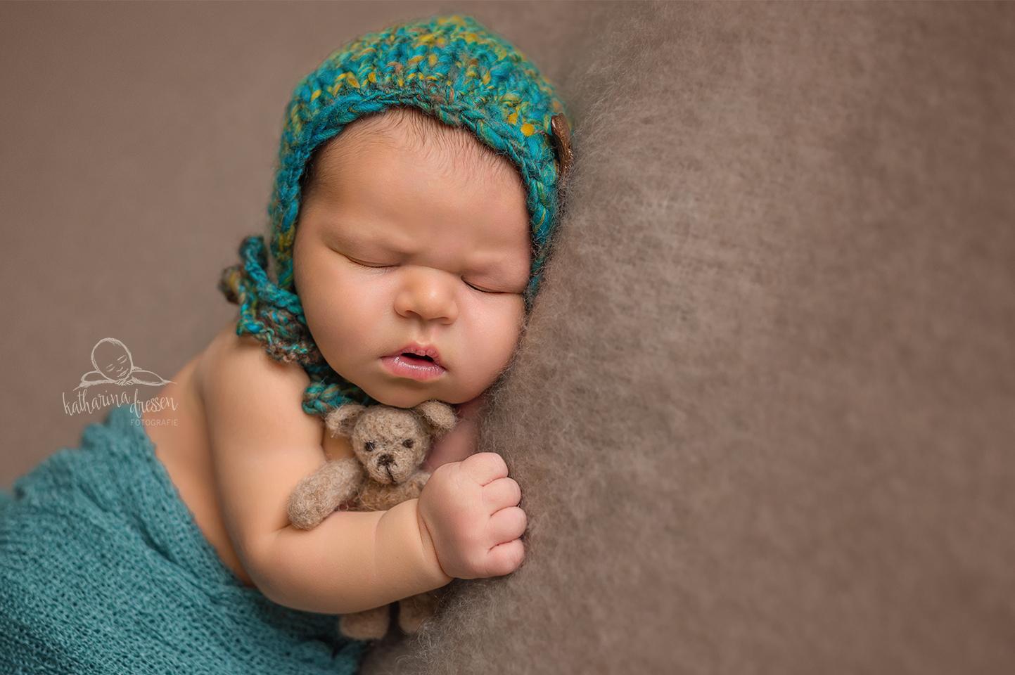 Babyfotos_Babyfotograf_Koeln_Baby_newborn_Fotograf_besondere_Babyfotos