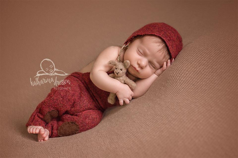 Babyfotos_Babyfotograf_Teddy_Baby_newborn_Fotograf_Fotoshooting_Anne-Geddes