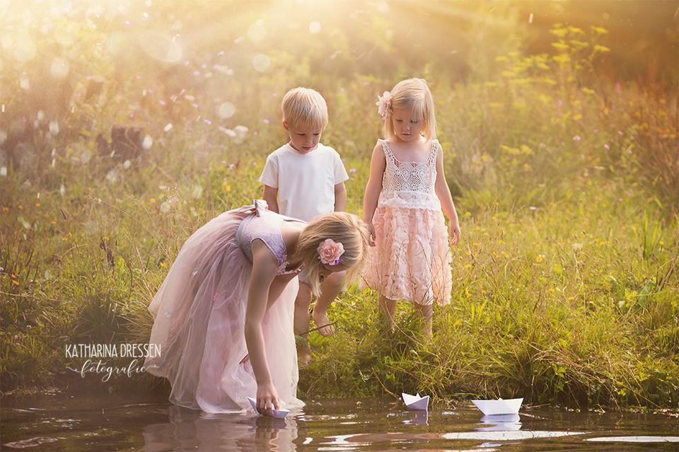 Fotoshooting_Kinder_Outdoor_Familienfotoshooting_Zwillinge_KatharinaDressen_Moenchengladbach