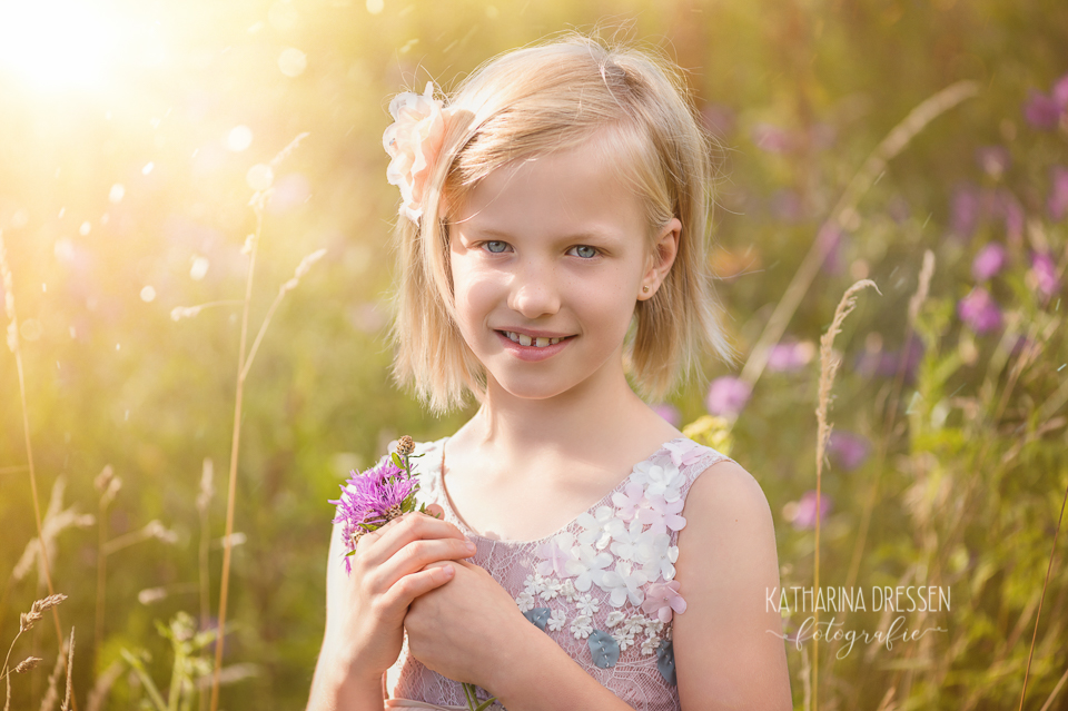 Kinderfotograf_Fotoshooting_Outdoor_Familienfotograf_Zwillinge_KatharinaDressen_Moenchengladbach