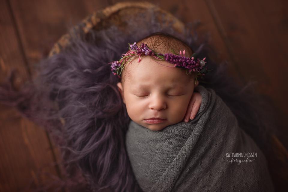 Babyfotograf_Moenchengladbach_Babyfotos_Baby-Ultraschall_Neugeborenes_Schwanger_Babybauch_Geburt_Hebamme_Duesseldorf_Koeln_Viersen_Krefeld