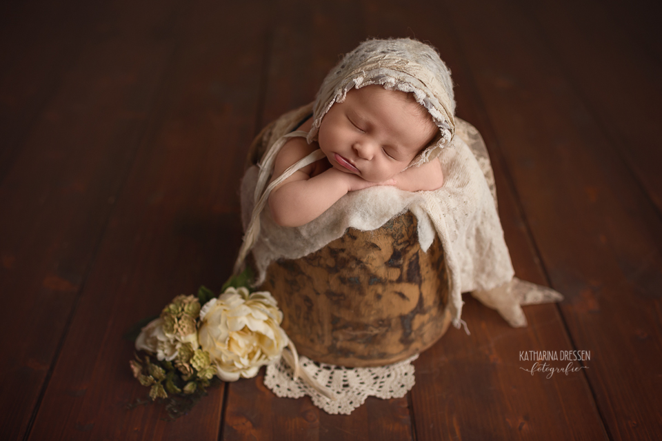 Babyfotograf_Moenchengladbach_Babyfotos_Baby_Neugeboren_Babybilder_Schwanger_Babybauch_Geburt_Hebamme_Duesseldorf_Koeln_Viersen_Krefeld_NRW