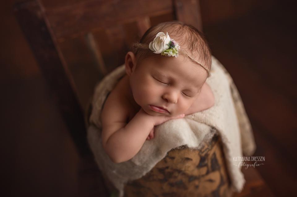 Babyfotograf_Moenchengladbach_Babyfotos_Baby_Neugeboren_Schwangerschaft_Babybauch_Geburt_Hebamme_Duesseldorf_Koeln_Viersen_Krefeld_NRW