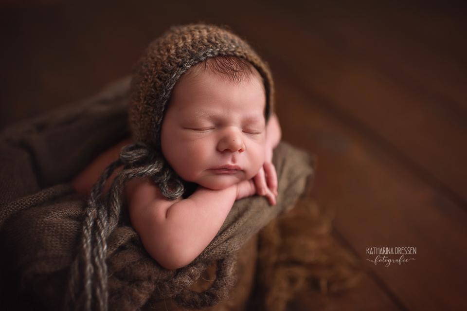Babyfotograf_Moenchengladbach_Babyfotos_Neugeboren_newborn_Baby_Schwanger_Babybauch_Geburt_Hebamme_Duesseldorf_Koeln_Viersen_Krefeld