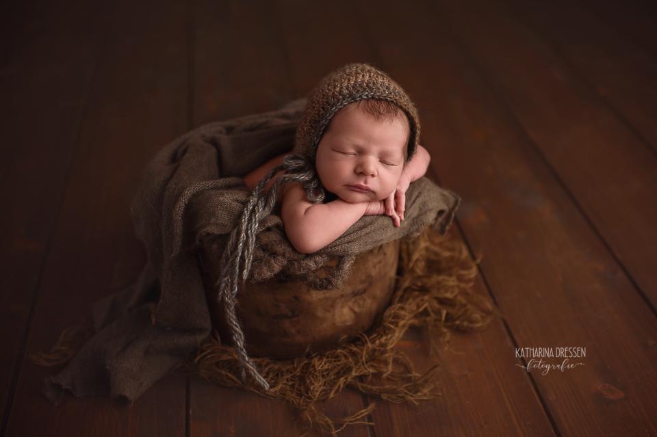Babyfotografie_Fotograf_Moenchengladbach_Babyfotos_Neugeboren_Baby_Schwanger_Babybauch_Geburt_Hebamme_Duesseldorf_Koeln_Viersen_Krefeld